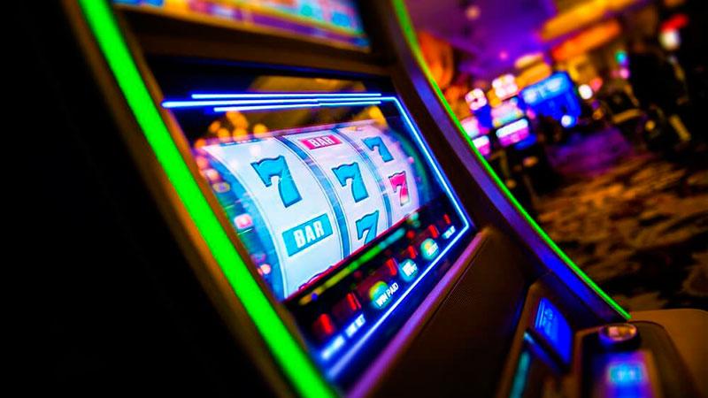Игровые автоматы играть разминка бесплатно без регистрации парень играл с парнем карты на раздевание