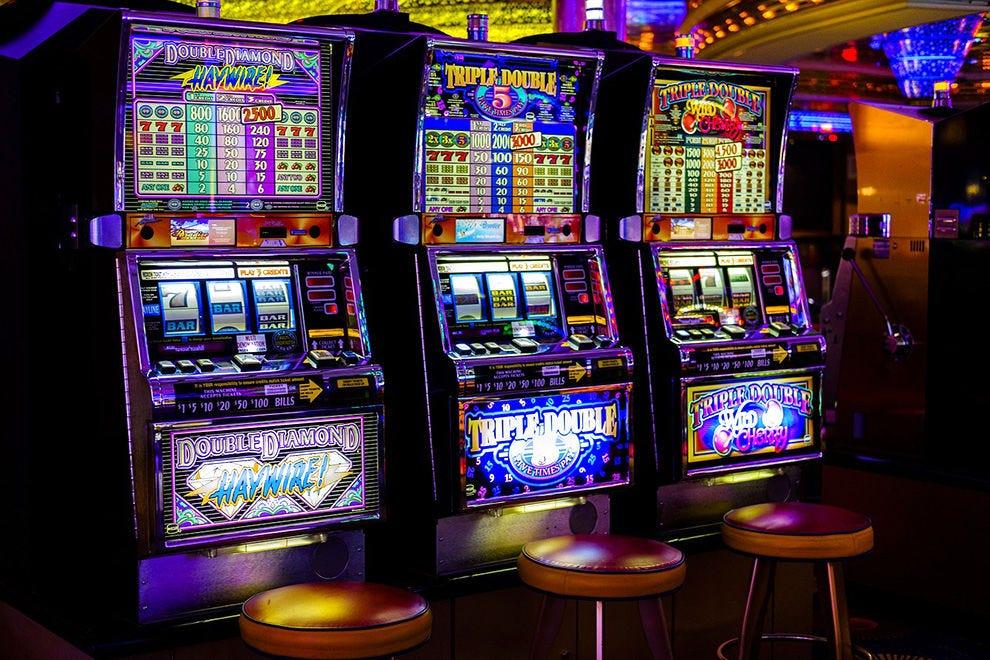 Игровые автоматы ответственность арендодателей карта в которую играет ивангай